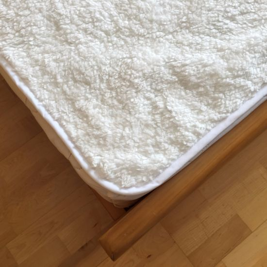 Super Soft Plush Fleece Waterproof Mattress Protector