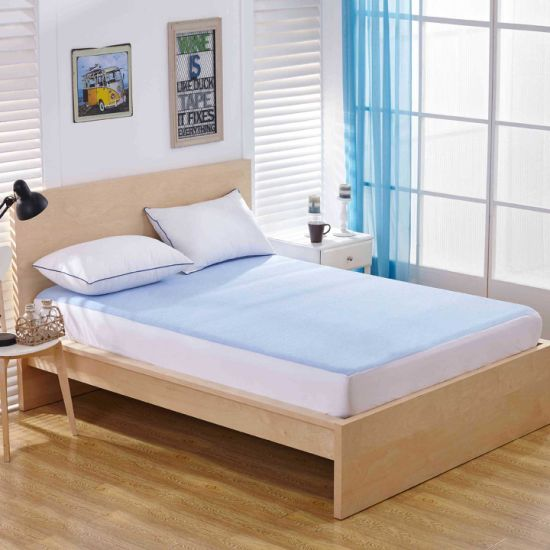Waterproof & Breathable Hotel Wholesale Bamboo Mattress Cover