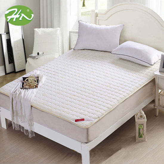 Best Seller Queen Size Quilt Waterproof Mattress Protector