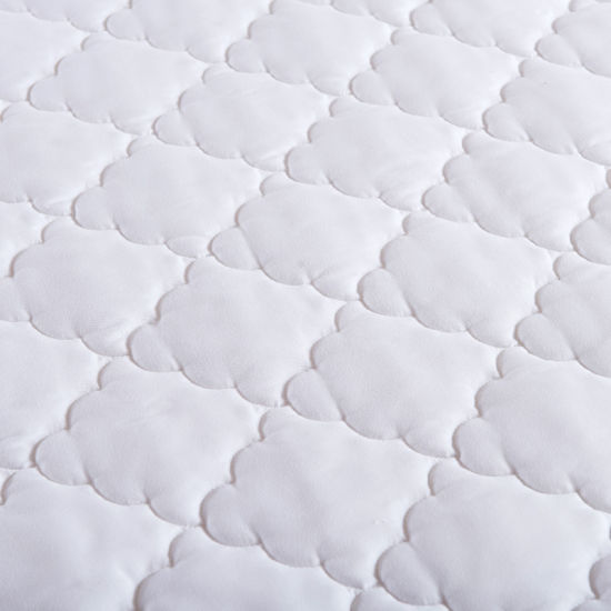 White Thicken Fiberfill Mattress Protector for Hotel