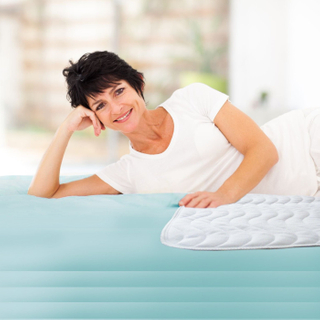 Quilted Pad Waterproof Mattress Pad Hot selling 100% ployester knitted fabric laminated with TPU Waterproof Mattress Protector