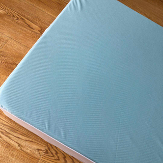 120GSM Cooling Fibers Fabric with TPU Waterproof Mattress Protector