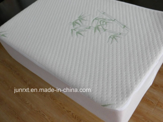 Home Used Quilted Waterproof Mattress Protector Bamboo Fiber Mattress Cover