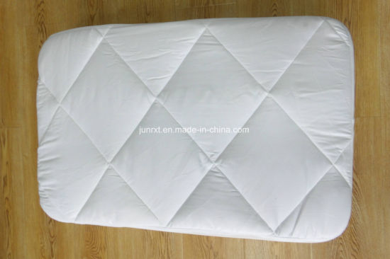 White Line Wave Polyester Pongee Air Layer Waterproof Mattress Protector